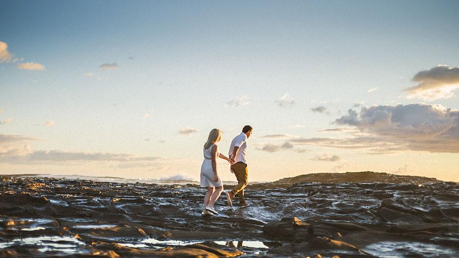 bride and groom at sunrise in australia