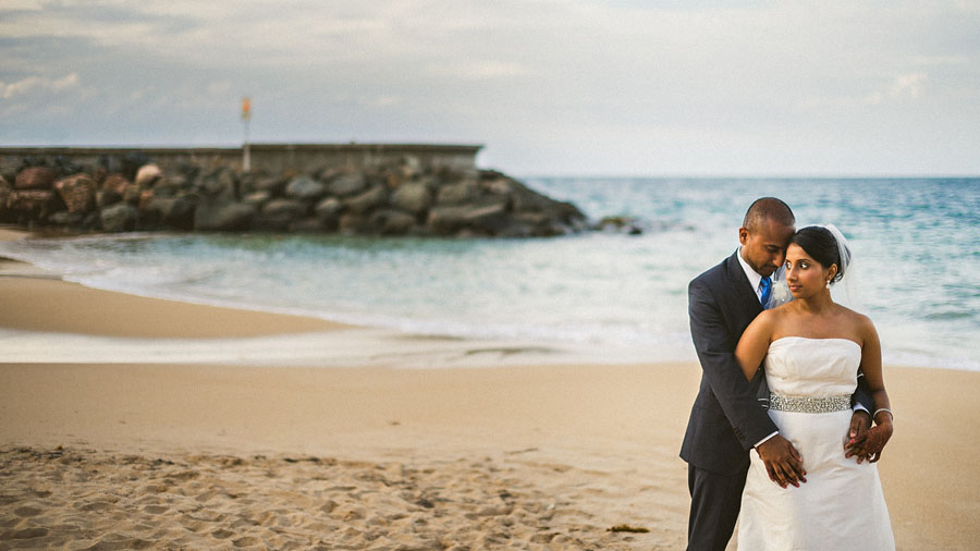 beach ocean wedding portait san juan