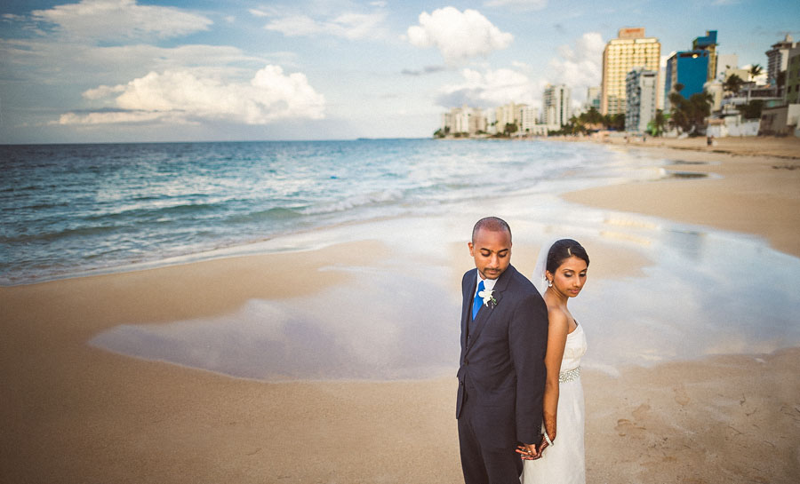 creative wedding portaits ocean san juan