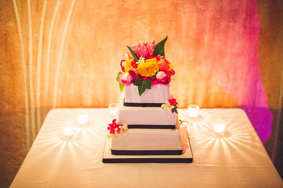 storyboard117 wedding cake detail shot