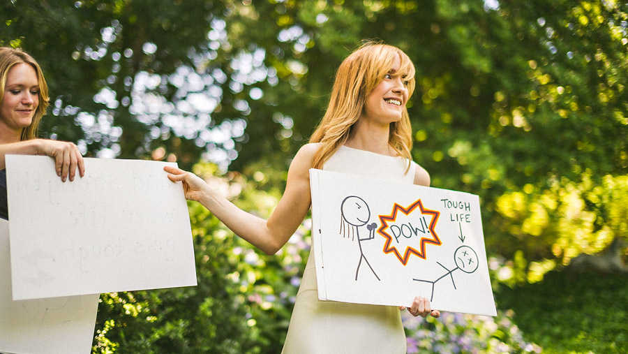 using signs to show wedding vows