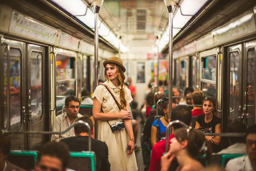 woman on paris subway with noctilux 50