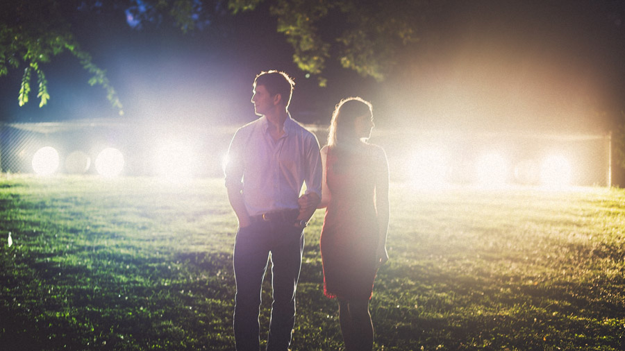 creative light in nashville engagement session