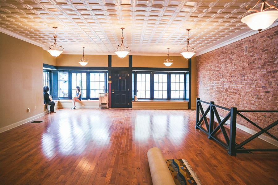 baltimore wedding photographer studio before
