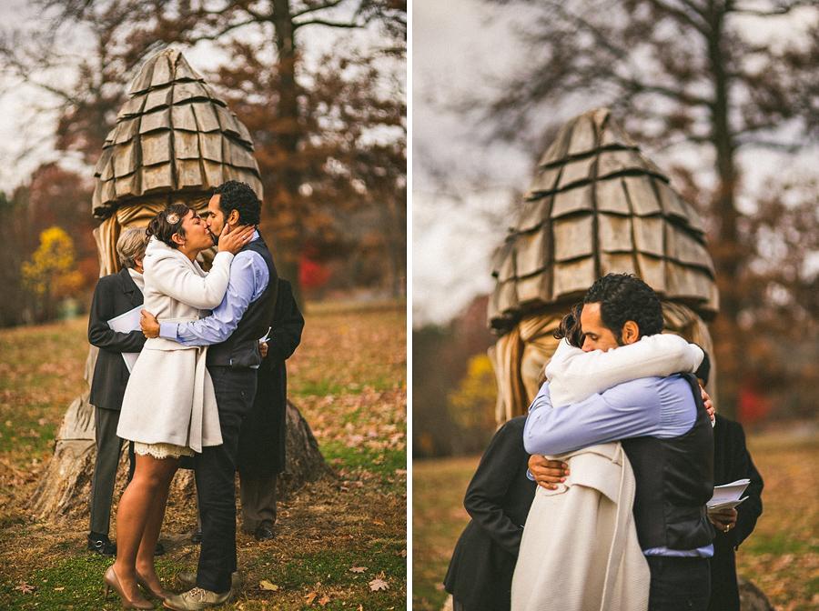 elopment first kiss