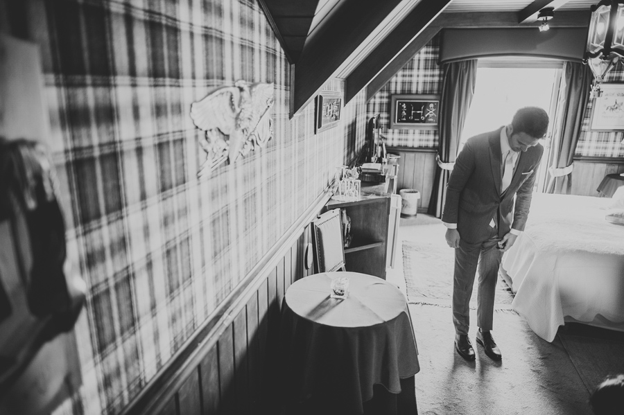 groom ready before wedding ceremony