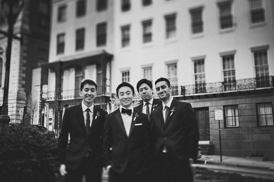 groom with groomsmen in mount vernon