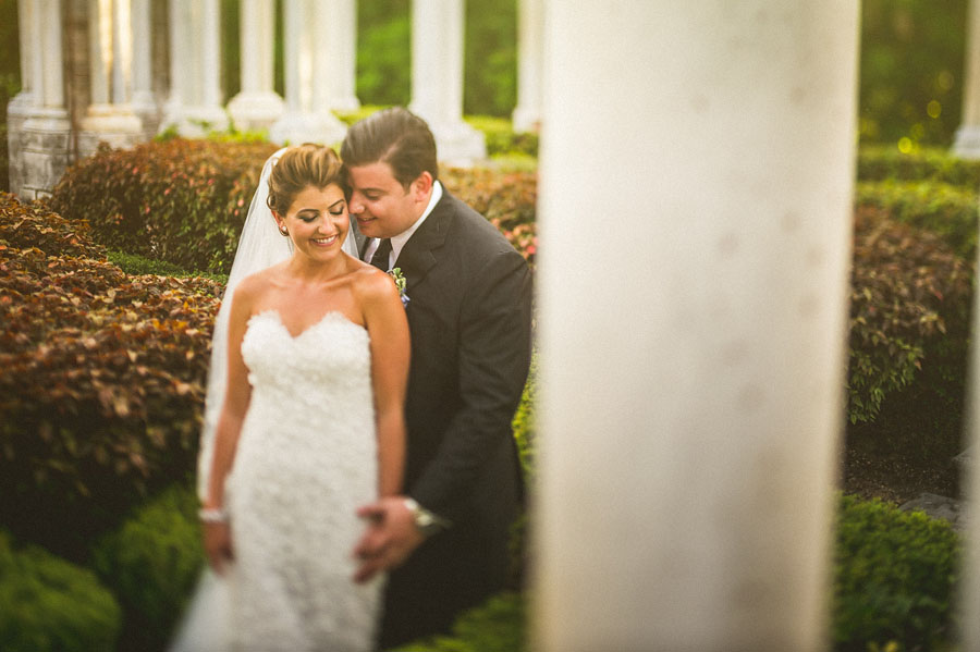 bride and groom portraits at the cloisters in the bahamas