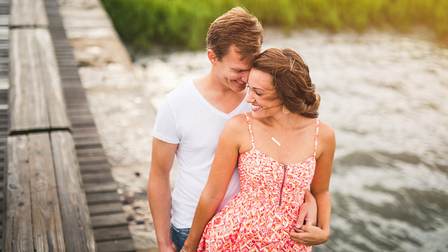 charleston sc waterfront engagement session