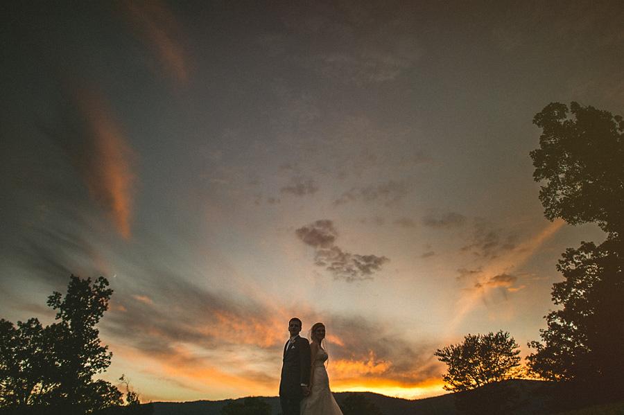 sunset photo in virginia wedding