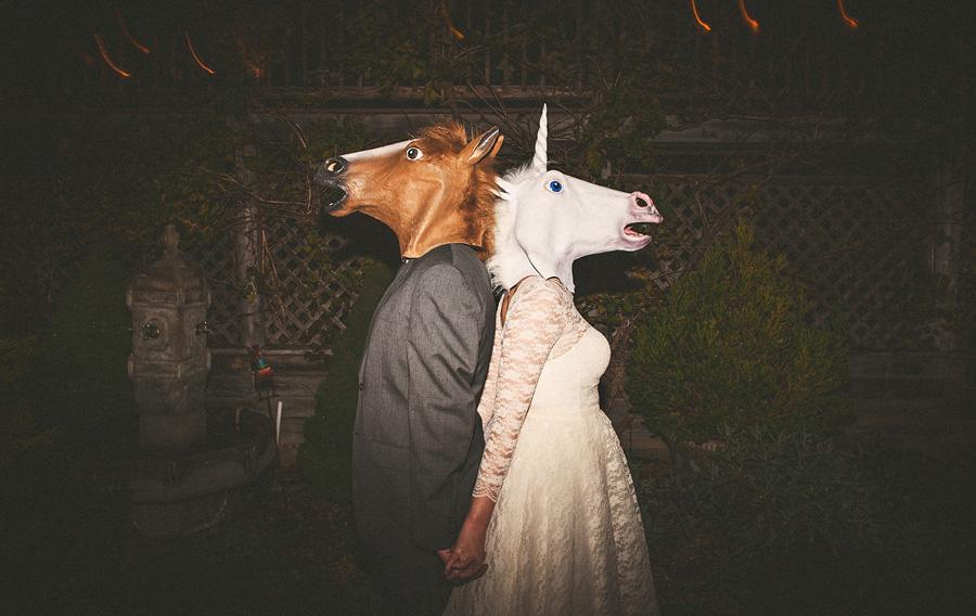 creative wedding photo portraits