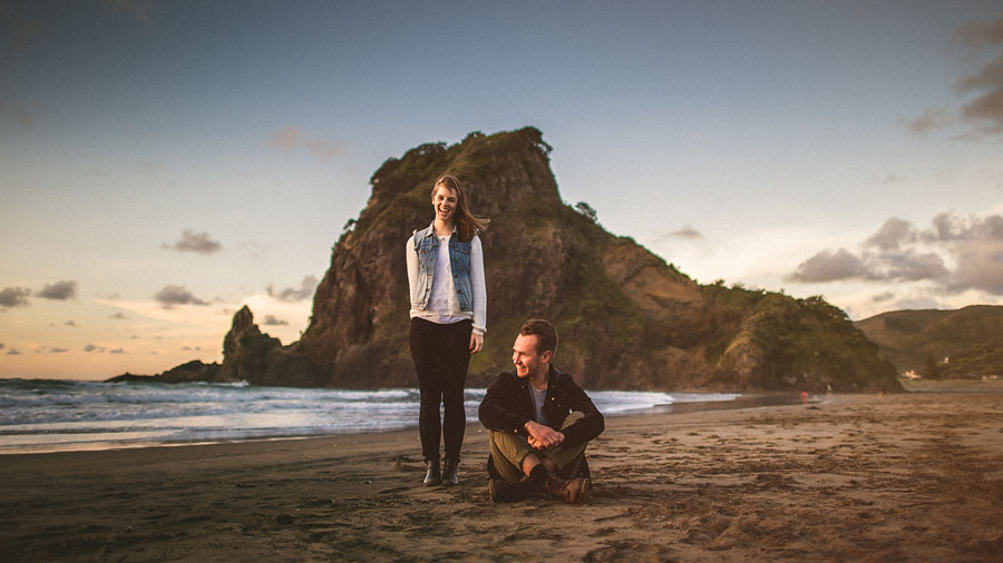 lion rock portrait session in new zealand