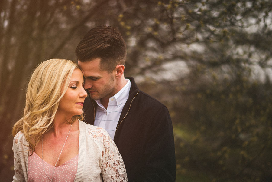 engagement session portraits that are creative