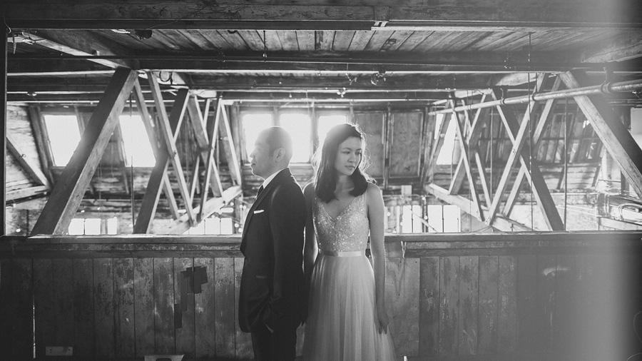 warehouse style wedding in brooklyn