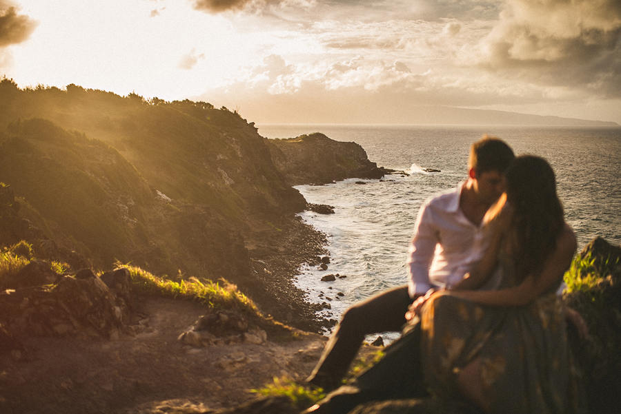 maui cliffs wedding photos