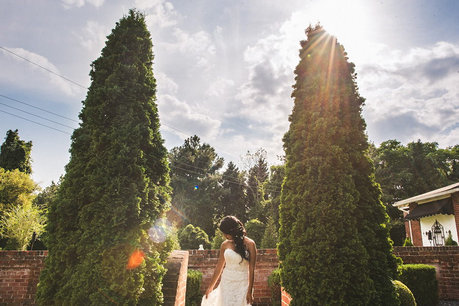 bridal portrait at richmonds mankin mansion resort