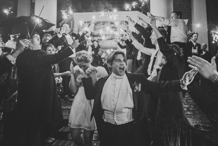 14 tom and laura fredericksburg wedding