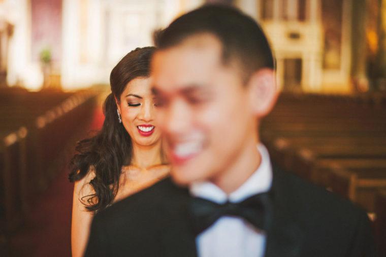 08-creative-couple-portraits-on-their-wedding-day
