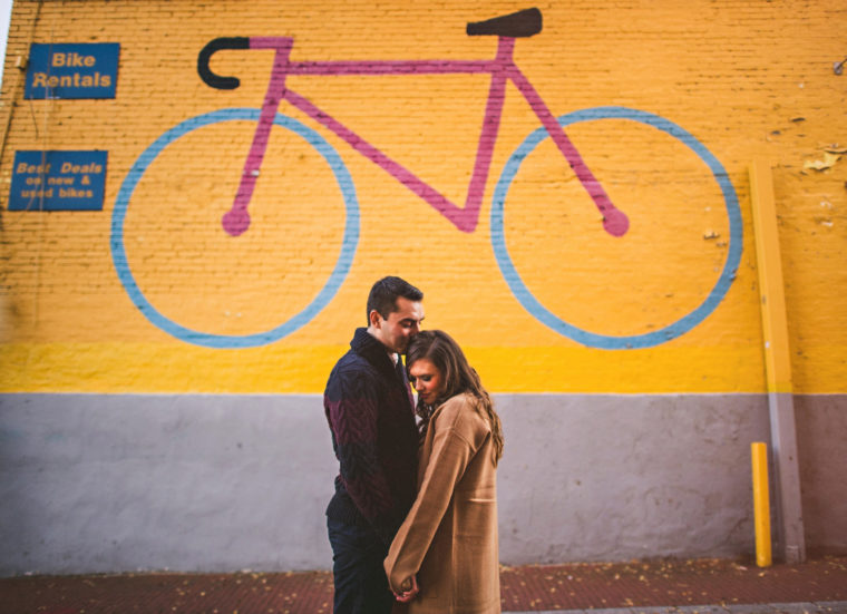 04-bike-mural-with-loving-couple-sam