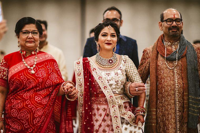 31 20181027 11 48 57 3 Bride and groom ceremony westfields Marriott wedding