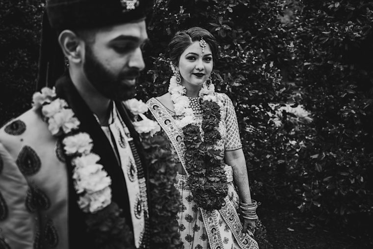 49 20181027 14 12 32 2 Creative south asian wedding portraits with wedding party and couple0A