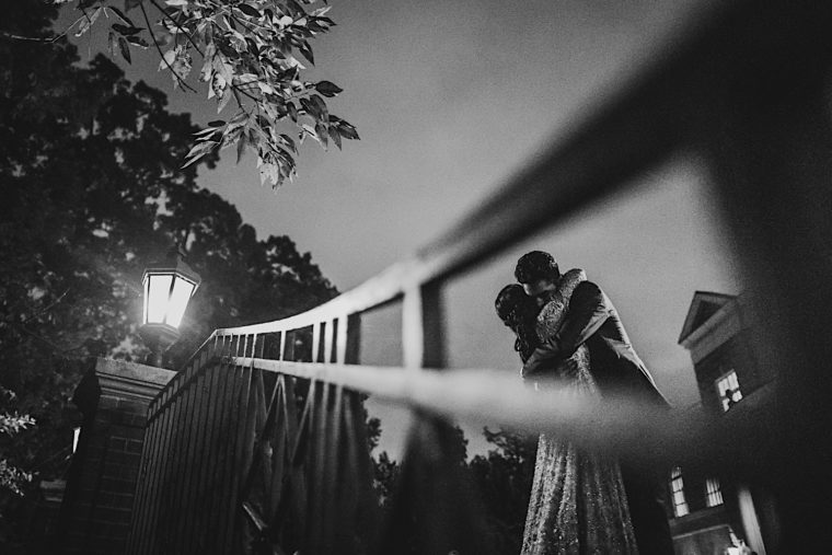 80 20181027 19 35 17 2 Dramatic night photo black and white couple hugging